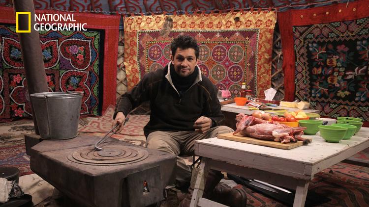 旅するシェフの仰天レシピ モンゴル:鷹匠と石焼料理/吹替